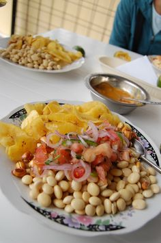 "Ecuadorian salad   Chocho / This grain-like seed, a staple of the Incan diet, rose to fame in the U.S. for its impressive protein content, whole-grain/gluten-free goodness, and ""ancient"" pedigree."