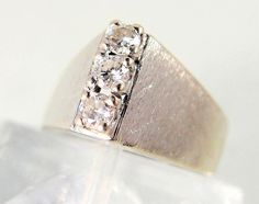 Trapezist! Retro A shaped 14K solid white gold ring with diamonds