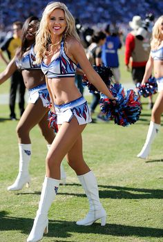 Tennessee Titans Cheerleader