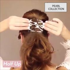 Hair magic stretch Hair magic stretch comb Create multiple hair styles in under ten seconds Lies flat against the head is comfortable for all-day wear - Medium Hair Styles, Curly Hair Styles, Hair Upstyles, Magic Hair, Easy Hairstyles For Long Hair, Hair Designs, Hair Videos, Hair Comb, Long Hairstyles