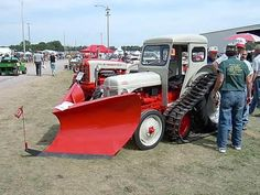 Dearborn Implements For Ford Tractor - Yahoo Image Search Results 8n Ford Tractor, Tractor Cabs, Ford Trucks, Antique Tractors, Vintage Tractors, Vintage Farm, Small Tractors, Classic Tractor, Police Cars