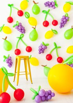 If you remain unconvinced of the supreme awesomeness that is balloons, perhaps this will change your mind. These giant fruit props are made entirely out of balloons and are so easy to create! They mak Fruit Decoration For Party, Diy Party Decorations, Balloon Decorations, Birthday Decorations, Party Kulissen, Fruit Party, Party Time, Ideas Party, Diy Balloon