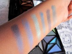 #elf #studio #geometric #36 #piece #eyeshadow #book #review #price and details on the blog #swatch