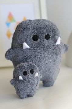 Kleine Kuschelmonster für Geschwister / cute cuddling toys, monster teddy bear made by enFant Design via DaWanda.com