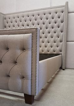 Pictures of Custom beds, headboards and walls Bed Back Design, Bed Frame Design, Bed Headboard Design, Headboards For Beds, Bedroom Closet Design, Home Room Design, Bedroom Decor Lights, Home Decor Bedroom, Upholstered Beds