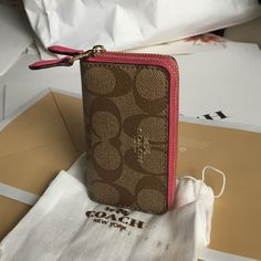 Coach Wallet Authentic Coach mini Wallet ❤️❤️❤️ Coach Bags Wallets