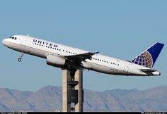 N436UA United Airlines Airbus A320-200