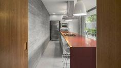 Inspiration für moderne Häuser: White House in São Sebastião, Brasilien