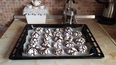 Μπισκότα Κρακελέ !!! ~ ΜΑΓΕΙΡΙΚΗ ΚΑΙ ΣΥΝΤΑΓΕΣ Oven, Food And Drink, Kitchen Appliances, Cookies, Donuts, Biscuits, Decor, Diy Kitchen Appliances, Crack Crackers
