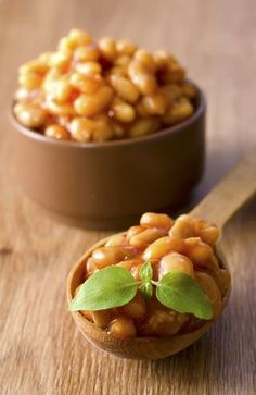 Crockpot Vegan Baked Beans - Just one in a collection of  Crock Pot recipes. So delicious!