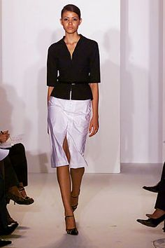 Narciso Rodriguez Spring 2002 Ready-to-Wear Fashion Show: Complete Collection - Style.com