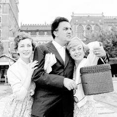 Valentina Cortese with Federico Fellini and Giulietta Masina in Lido, Venice (1955).