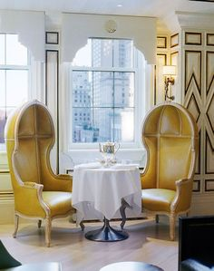 Kelly Wearstler Designs - Bergdorf Goodman BG Restaurant Chairs - Statement chairs, a pedestal table and Art Deco panelling create a glamorous and exclusive atmosphere. Restaurant Chairs, Restaurant Design, Cafe Chairs, Commercial Interior Design, Commercial Interiors, Bergdorf Goodman, Porter Chair, Regency Furniture, Chairs