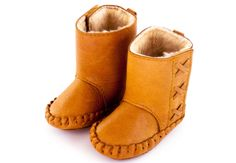 Donsje rika boots gevoerd cognac Baby Bows, Baby Headbands, Baby Bonnets, Baby Moccasins, Boot Brands, Kids Boots, Fall Shoes, Baby Accessories, Ugg Boots