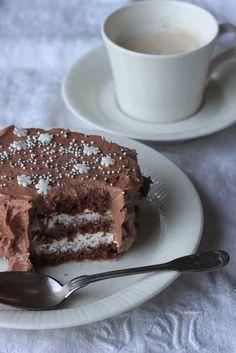 tyrniä ja tyrskyjä: Suklaakakku
