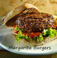 Margarita Burger - a taste explosion you'll love! Beef Burger Patty Recipe, Hamburger Recipes, Ground Beef Recipes, Bacon Wrapped Burger, Gourmet Hamburgers, Butter Burgers, Sandwiches, Inexpensive Meals, Delicious Burgers