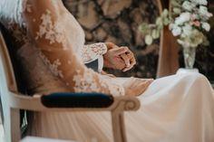 Un mariage au Château de Monbet dans les Landes - la mariee aux pieds nus Week End Parisien, Marie, Barefoot, Photography