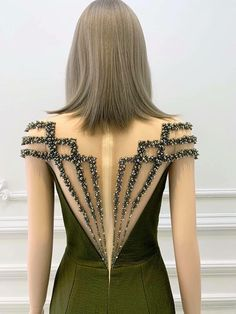 Couture Dresses, Fashion Dresses, Dresscode, Dress Neck Designs, Embroidery Fashion, Fashion Sewing, Look Fashion, Dress Patterns, Blouses For Women