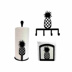 The Pineapple Kitchen Decor Set is the perfect paper towel holder decor for walls and counter tops. Decorate a lovely kitchen with these beautiful pineapple Hacienda Kitchen, Farmhouse Style Kitchen, Modern Farmhouse Kitchens, Country Kitchen, Country Cooking, Farmhouse Decor, Kitchen Decor Sets, Kitchen Themes, Kitchen Styling