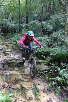 Girls in action Downhill Bike, Mtb Bike, Cycling Bikes, Bmx, Bicycle, Freeride Mountain Bike, All Mountain Bike, Mountain Biking Women, Beach Volleyball
