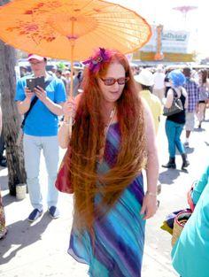 Rhonda has mermaid hair (Rhonda Kave of Roni-Sue's Chocolates (www.roni-sue.com)