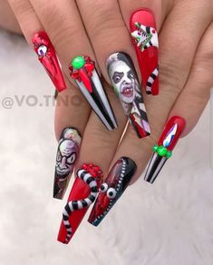Beetlejuice 😍🖤💚❤️💜 —————————————————— using colors from Hollywood dream collection st Get more art paint from… Classy Nail Designs, Fall Nail Designs, Halloween Nail Designs, Halloween Nail Art, Aycrlic Nails, Stiletto Nails, Beetlejuice Sandworm, Best Acrylic Nails, Holiday Nails