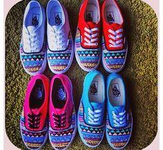#Hipster vans #Vans #Shoes #Vansshoe #vansLife #VansAll #OnPinterest #OnInsta #vansoffthewall #color #cores