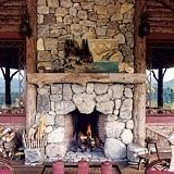 Most recent Pictures rustic Stone Fireplace Popular Latest Photo flat Stone Fireplace Strategies Stacked stone fireplaces are undeniably gorgeous and c Stone Fireplace Pictures, Stone Fireplace Designs, Stone Mantel, River Rock Fireplaces, Stacked Stone Fireplaces, Rustic Fireplaces, Outdoor Fireplaces, Rustic Mantle, Build A Fireplace
