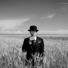 Rodney Smith | Whitezine | Design Graphic & Photography Inspirations