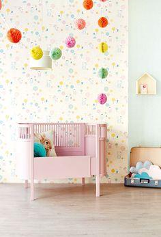 Tout Petit wallpaper