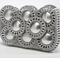 bolso de anillas de lata