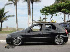 """Fiat Palio G2 preto rebaixado com rodas Punto Sporting aro 16"""", suspensão a ar Castor, pneus 195/45"""
