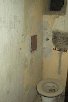 alte Toilette Toilet, Bathroom, Washroom, Flush Toilet, Full Bath, Toilets, Bath, Bathrooms, Toilet Room