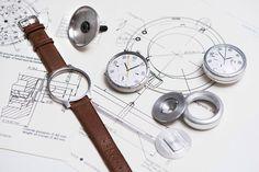 48445a7d3015 Smartwatch   speedometer Luxury Watches