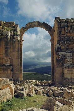 ✮ Triumphal arch of Jerash Palestine, Israel