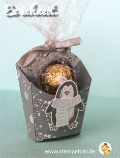 stampin up stempeltier es schneit pinguin penguin snow friends winter stars Stern Pommesschachtel fry box