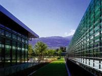 Cool buildings in summer and insulate them in winter with solar shading systems.