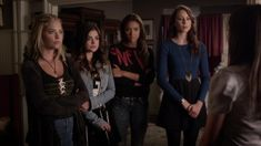 Pretty_Little_Liars_S05E12_Taking_This_One_to_the_Grave_1080p_KISSTHEMGOODBYE_NET_0262.jpg (1916×1076)