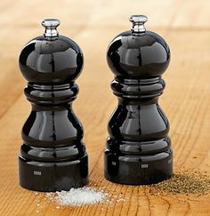 i'm in love with these giant pepper mills! peugeot paris u'select