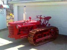 H FARMALL Crawler