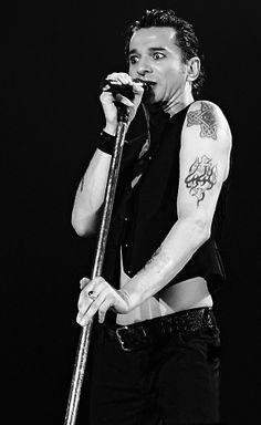 Dave Gahan of Depeche Mode Martin L, Martin Gore, Dave Gahan, Great Bands, Cool Bands, Depeche Mode Videos, Solo Pics, Love My Boys, Love Me Forever