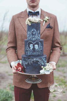 Adorable #chalkboard #wedding #cake!