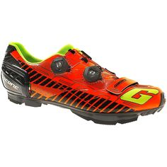 Gaerne Sincro Carbon MTB Shoes 2016  #CyclingBargains #DealFinder #Bike #BikeBargains #Fitness Visit our web site to find the best Cycling Bargains from over 450,000 searchable products from all the top Stores, we are also on Facebook, Twitter & have an App on the Google Android, Apple & Amazon PlayStores.