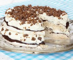 Gör en superläcker Daim-marängtårta! Klicka här för recept! Just Bake, Pavlova, No Bake Cake, Food Inspiration, Cake Decorating, Tart, Deserts, Dessert Recipes, Food And Drink