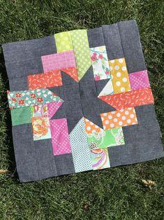 Quilt Square Patterns, Patchwork Quilt Patterns, Square Quilt, Quilting Patterns, Triangle Quilt Pattern, Heart Quilt Pattern, Patchwork Tutorial, Modern Quilt Patterns, Patchwork Designs