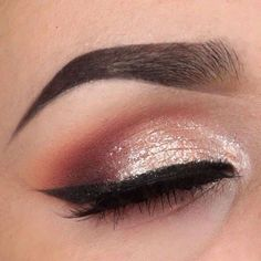 'Stay Classy' Idea Gallery look created by the talented Cammuniz using Makeup Geek eyeshadows Bitten Cinderella Corrupt Peach Smoothie Shimma Shimma White Lies and Frappe. Classy Makeup, Pretty Makeup, Love Makeup, Makeup Inspo, Makeup Inspiration, Beauty Makeup, Makeup Ideas, Makeup Tutorials, Makeup Tips