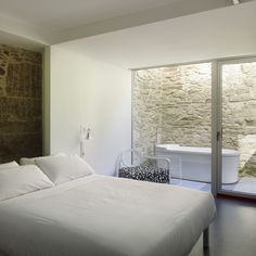 Galería de Rehabilitación Hotel Moure / Abalo Alonso Arquitectos - 13