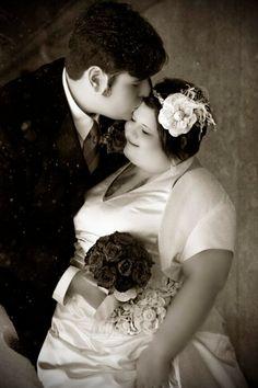 Wedding Plus Size Bride Visit Our Blog For Inspirational Stories Articles About Plus Size Women