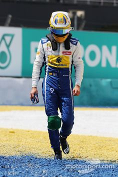 Marcus Ericsson, Sauber Team retired from the race at Malaysian GP High-Res Professional Motorsports Photography Marcus Ericsson, F1 Season, F1 Racing, Formula One, Pilot, Fans, Photography, Collection, Shape