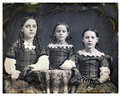 a-bygone-era: Daguerreotype, Handwritten label in case : White sisters - (left) Rhoda White McMullen (by FSuvari) Antique Photos, Vintage Photographs, Vintage Images, Vintage Girls, Vintage Children, Vintage Outfits, Old Pictures, Old Photos, Children Pictures
